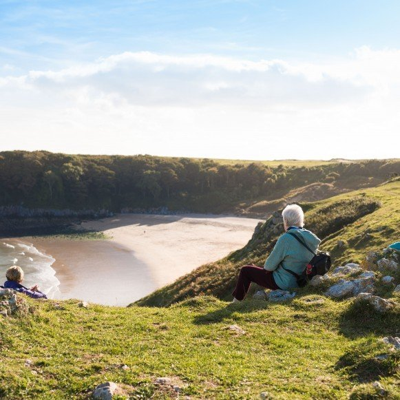 Beautiful barafundle bay beach hike walk relax in pembrokeshire